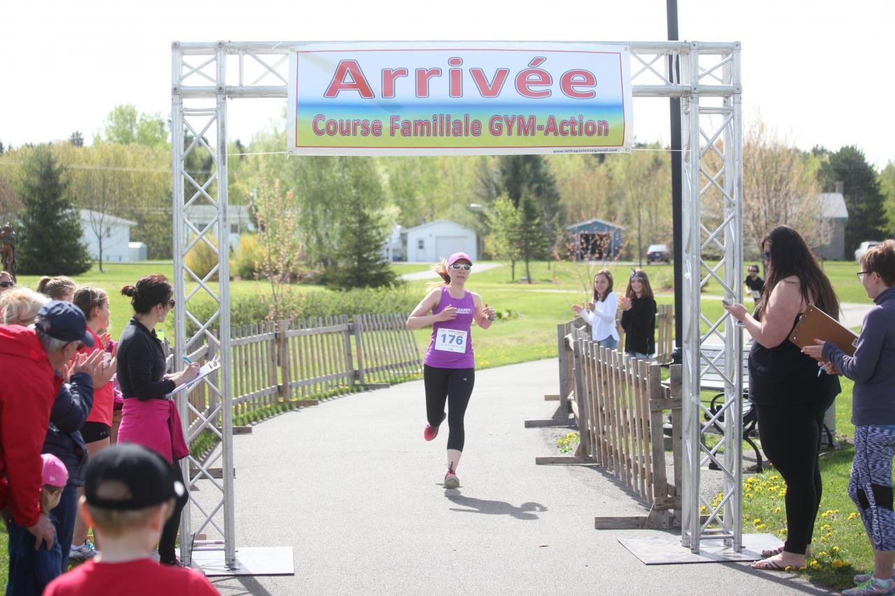 Stéphanie Litalien (10 km)