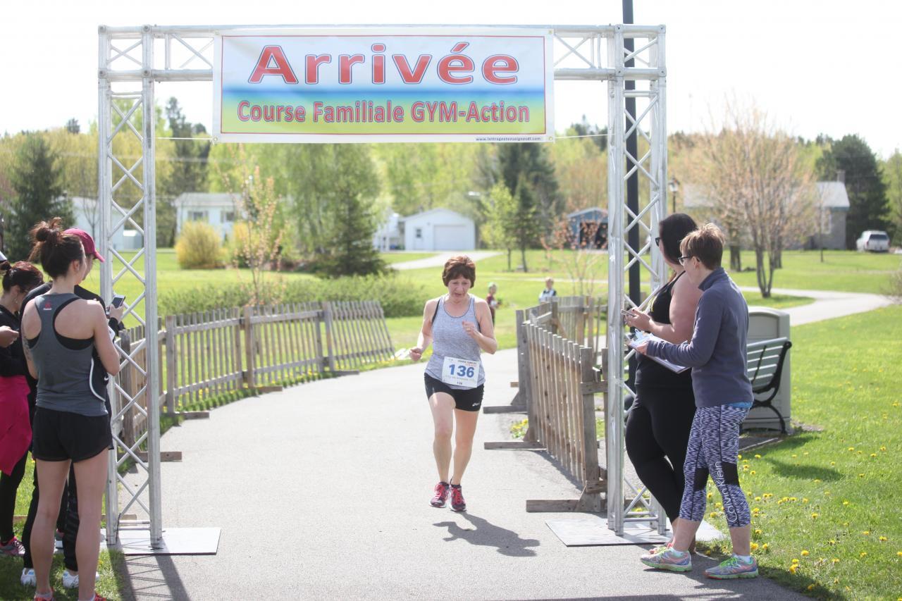 Lorraine Cloutier (5 km)