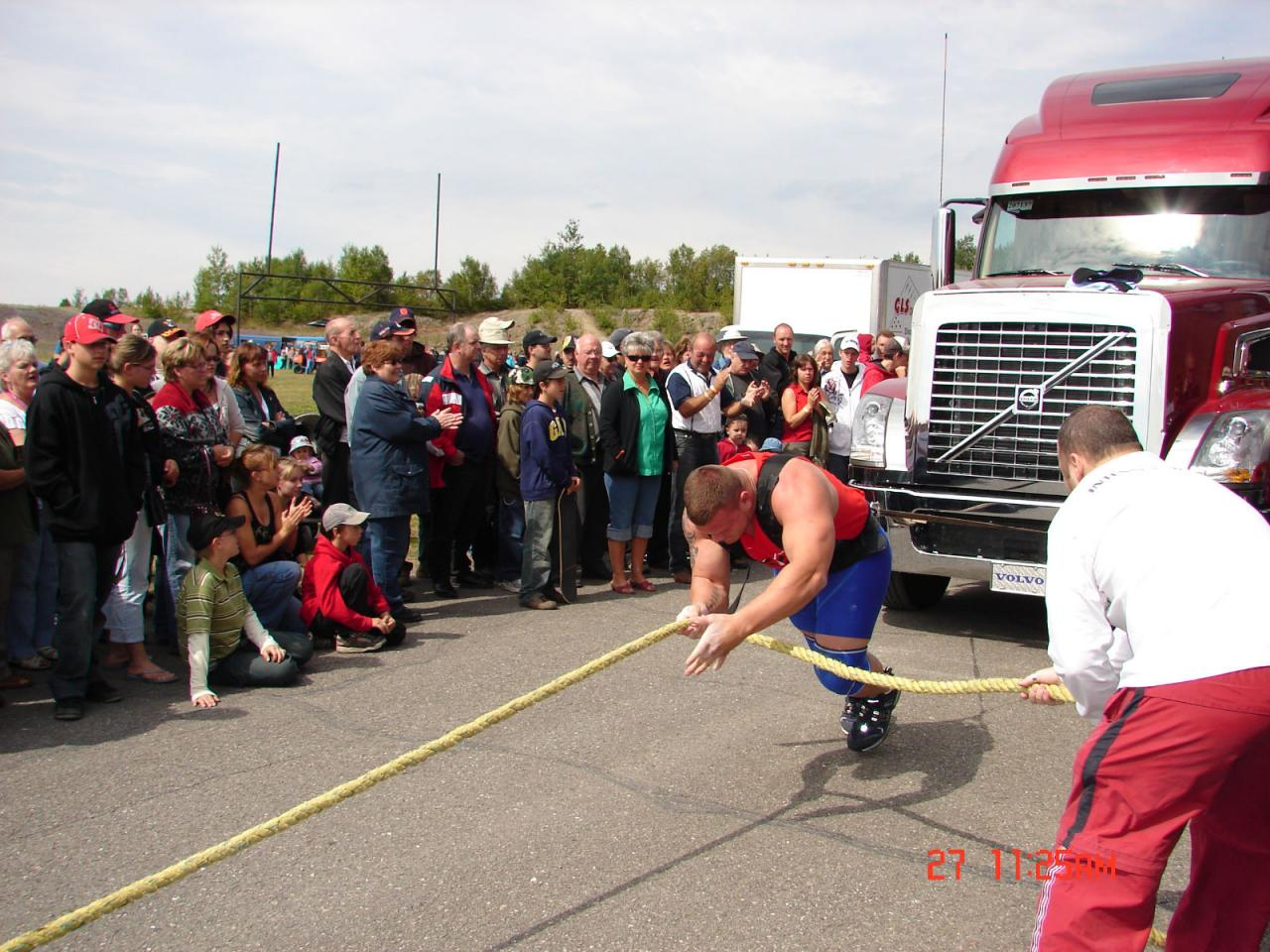 Louis-Phillipe tirant un camion